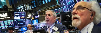 米国株暴落に驚くトレーダー