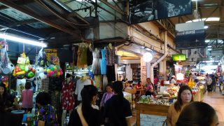 ワロロット市場の写真
