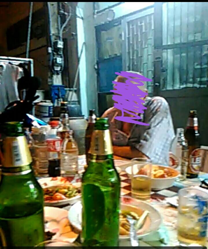 パタヤの酒場の風景