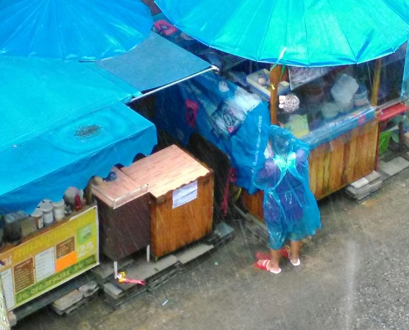 パタヤの雨