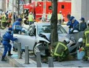 【老人による自動車死亡事故多発】なぜ自動車メーカーは一般道で時速60km以上出せる車を作るのか