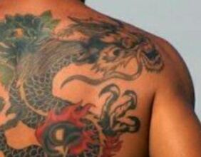 刺青(入れ墨:TATOO:タトゥー)を入れている人とは私も会わない
