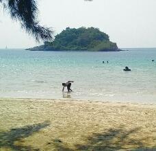 パタヤから南へ車で1時間、Nang Ram Beach(ナングラムビーチ)の綺麗な海に感動