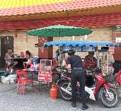 座れる屋台:kabutotai.net